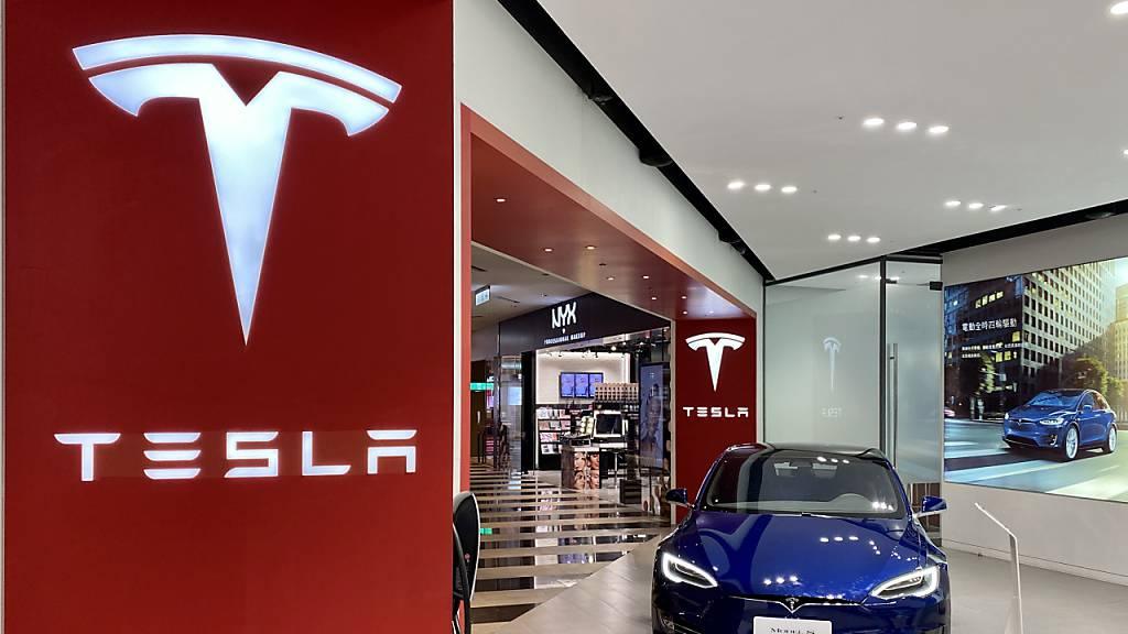 Swissquote steigt mit Tesla ins Online-Autoleasing ein