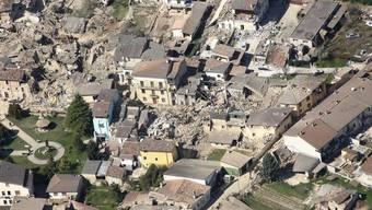 Die italienische Stadt L' Aquila wurde 20009 von einem Erdbeben heimgesucht und stark zerstört (Archiv)