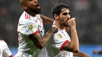 Sieg eingeleitet: Javi Martinez (rechts) bringt die Bayern mit dem 1:0 nach einer halben Stunde auf Kurs