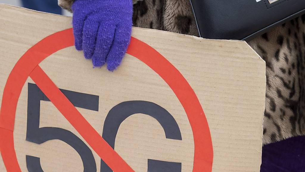 Die Angst vor 5G ist bei vielen Schweizerinnen und Schweizern gross: Demonstration in Genf Anfang 2020 (Archivbild).