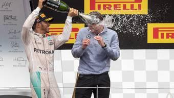 Dicke Luft bei Mercedes: Die Rivalen Hamilton und Rosberg bekämpfen sich beim Rennen von Österreich