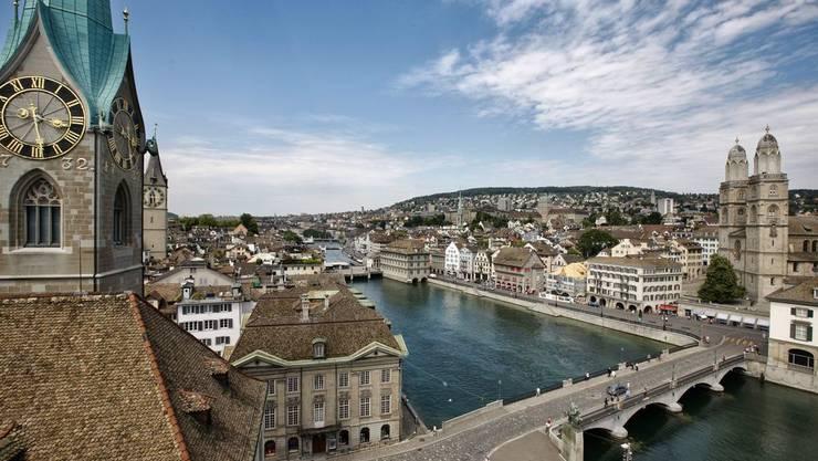 «Besonders arbeitnehmerfreundlich» In Zürich muss ein Angestellter acht Stunden arbeiten, um sich einen iPod-Nano leisten zu können.