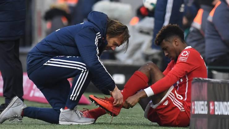 Kingsley Coman verletzt sich im Spiel gegen Hertha BSC