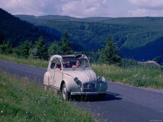 Fahrvergnügen in seiner simpelsten Form: Der Citroën 2CV.