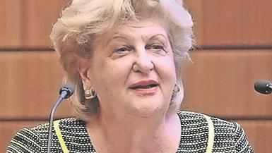 Shella Kertész