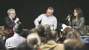 Zur Energiepolitik diskutierten Stadtpräsident Kurt Fluri und Stadtpräsidiums-Kandidatin Franziska Roth unter der Leitung von Werner de Schepper.