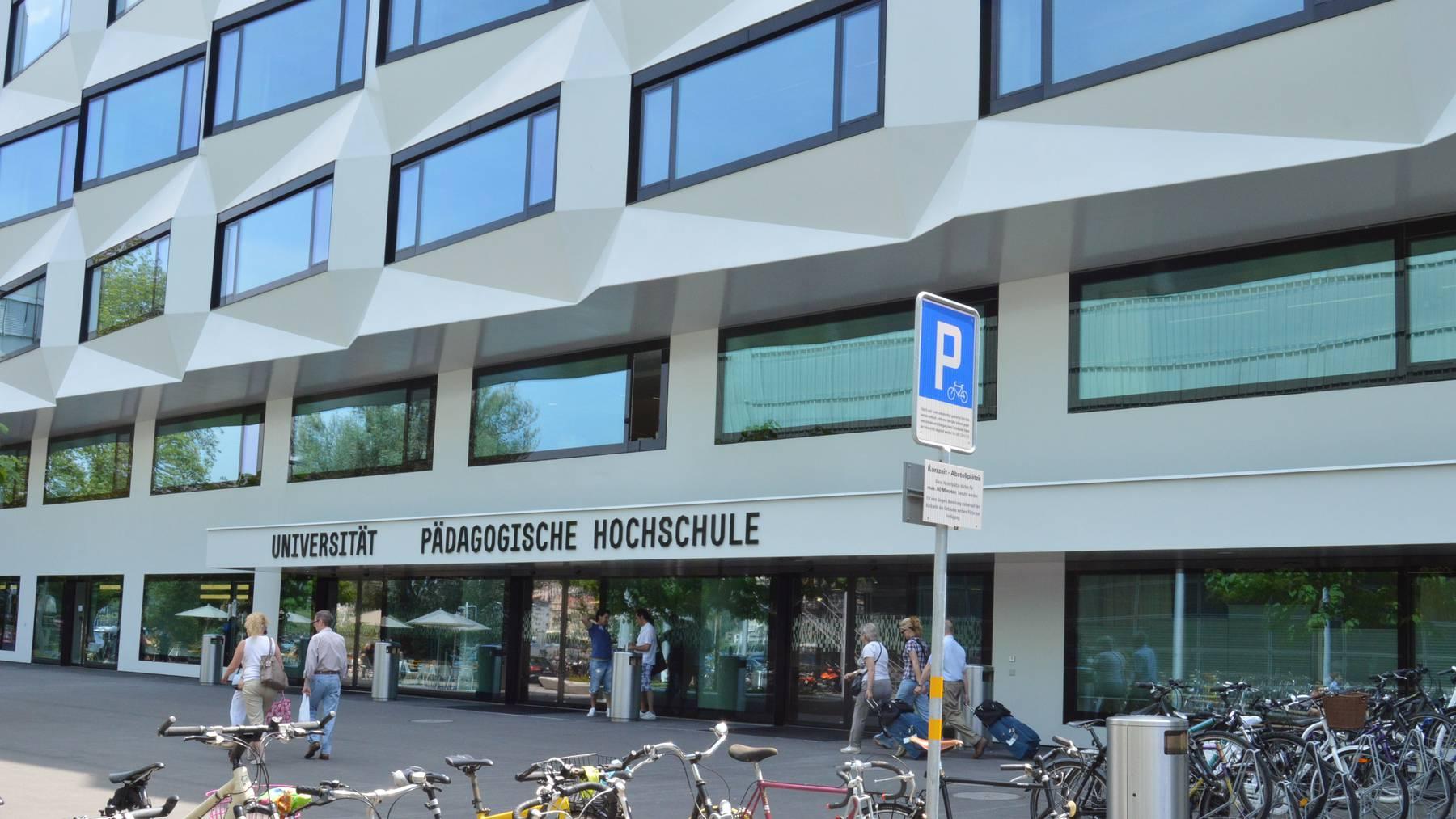 Das neue Gebäude der Uni Luzern.