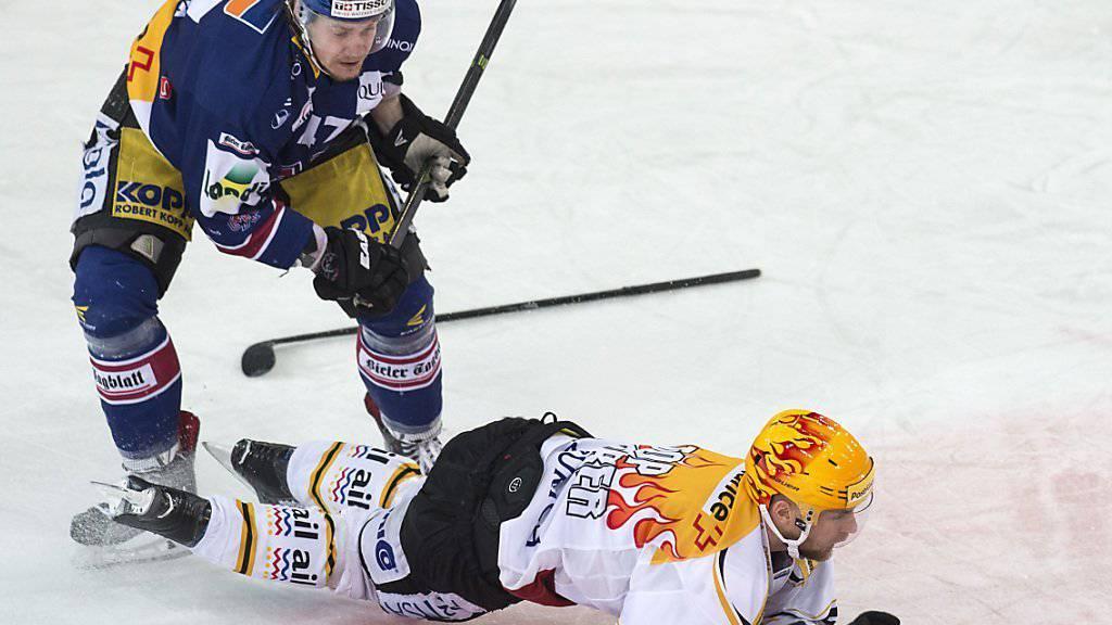 Bieler Stolperstein: Marco Maurer legt Luganos Topskorer Fredrik Pettersson aufs Eis