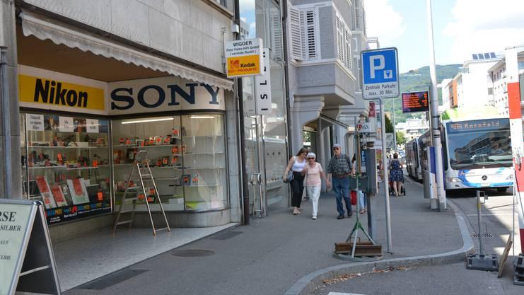 Das Geschäft an der Baslerstrasse 23 (links) Olten ist unter anderem auch heute noch mit den Lettern «vormals Ruckli» angeschrieben.