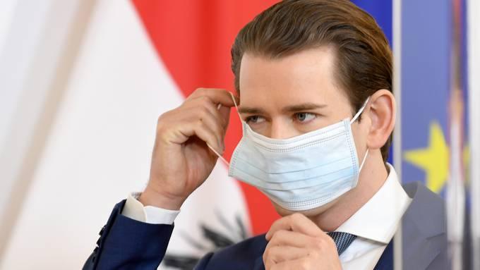 Österreichs Kanzler Sebastian Kurz mit Maske.