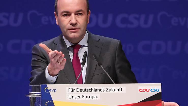 Zum Auftakt des Europawahlkampfs der Unionsparteien rief deren Spitzenkandidat Manfred Weber (CSU) zur Verteidigung der europäischen Werte gegen den Nationalismus auf.