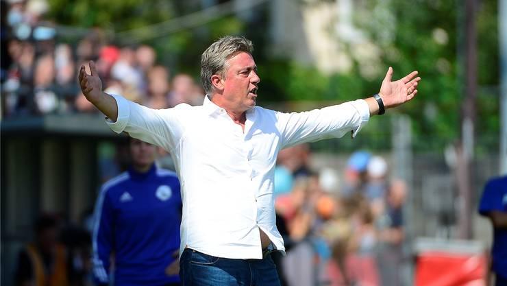 Leidenschaft am Spielfeldrand: Aaraus Trainer Marco Schällibaum vergleicht sich mit einem Löwen, der sein Revier verteidigt.
