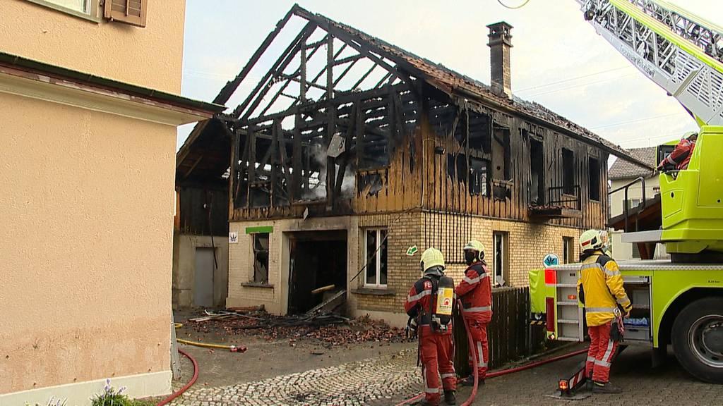 Uster (ZH): Brand fordert hohen Sachschaden