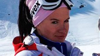 Die russische Skicrosserin Maria Komissarowa bleibt nach ihrem Trainingssturz in Sotschi gelähmt