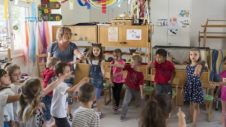 Im Kanton St. Gallen müssen Kindergarten-Lehrpersonen unbezahlte Pausenaufsicht leisten. Dies sei diskriminierend, hat die Verwaltungsrekurskommission (VRK) entschieden und eine Klage des kantonalen Lehrerinnen- und Lehrerverbands gutgeheissen (Archivbild).