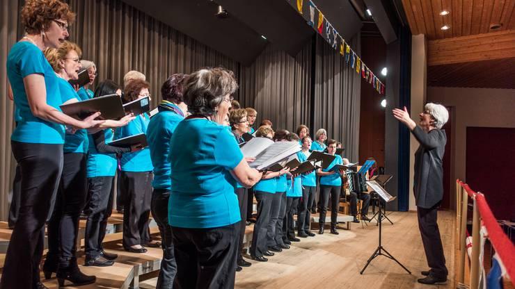 Der bewährten Chorleiterin Marie-Louise Wipf-Staubli gelingt es erneut, das Beste aus ihren Sängerinnen herauszuholen.