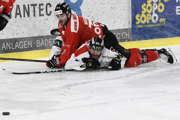 Der Oltner Martin Ulmer (u.) gegen Sandro Wiedmer (o.)