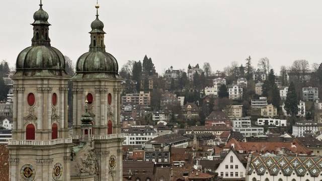 St. Gallen will sparen: Blick auf das Kloster in der Stadt St. Gallen (Archiv)