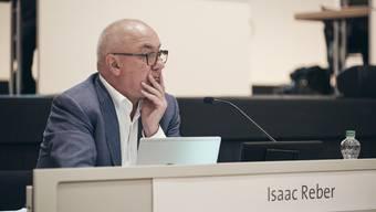 Regierungsrat Isaac Reber musste sich an der Landratssitzung im Basler Congress Center einiges anhören.