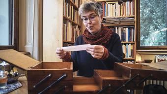 Wünscht sich eine «fruchtbare Konkurrenz»: Theologin Monika Hungerbühler in ihrem Büro.