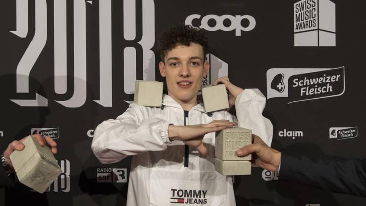 2018 ist Nemo an den Swiss Music Awards mit Auszeichnungen überhäuft worden. Ein Jahr später feiert der Bieler Musiker ebenda sein Bühnencomeback. (Archivbild)