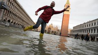 In Venedig soll das Hochwasser laut Experten in den kommenden Tagen zurückgehen.