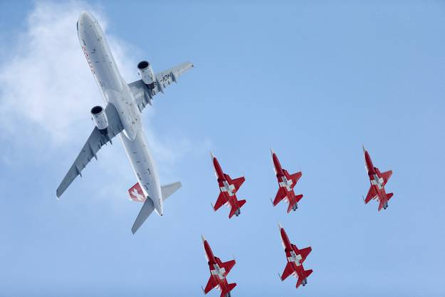 «Patrouille Suisse» mit einem Airbus A320