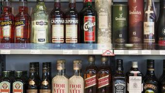 Die Finanzkommission ist mit dem totalrevidierten Alkoholgesetz unzufrieden (Symbolbild)