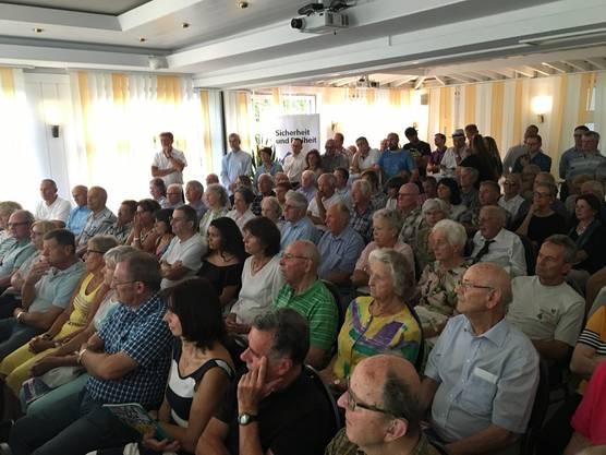 Die Zuhörerinnen und Zuhörer waren sehr aufmerksam.