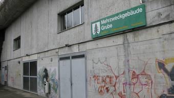 Die Zivilschutzanlage Täli befindet sich im Mehrzweckgebäude Grube.
