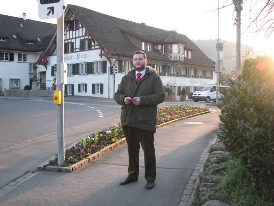 Der Kandidat der SP für den Gemeinderat im Zentrum der Gemeinde Weiningen.