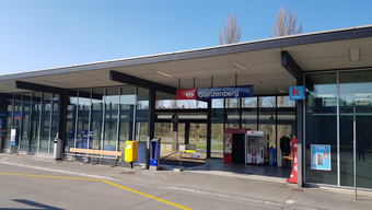 Am Bahnhof Glanzenberg schnappte die Polizei den Mann.