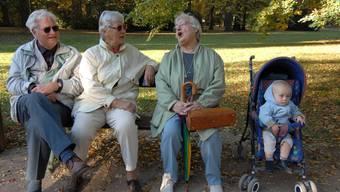 Grosseltern dürfen ihre Enkel wieder sehen. Der Geistschreiber erklärt die Regeln (Symbolbild).
