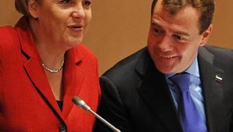 Merkel und Medwedew im Dialog