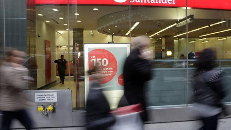 Cum-Ex-Skandal zieht weitere Kreise: Medienermittlungen zu Folge laufen auch Untersuchungen gegen die spanische Grossbank. (Archivbild)