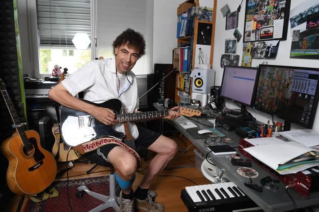 Der Musiker aus Basel hat soeben sein neues Album veröffentlicht.