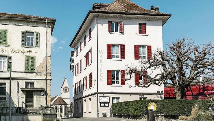 Die frühere «Warteck», die seit Jahren Restaurant Pizzeria Romantica heisst, ist seit Mitte März geschlossen.