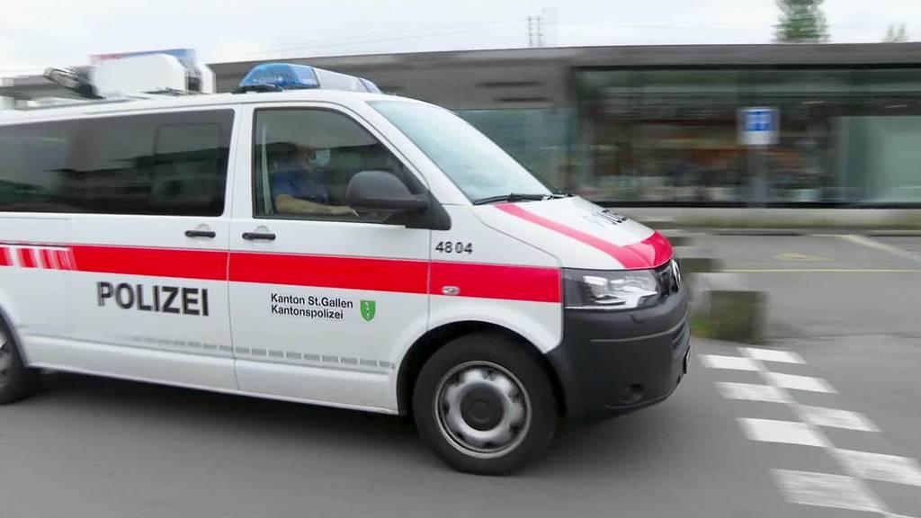 Kurioser Überfall: Täter verletzt sich bei Flucht