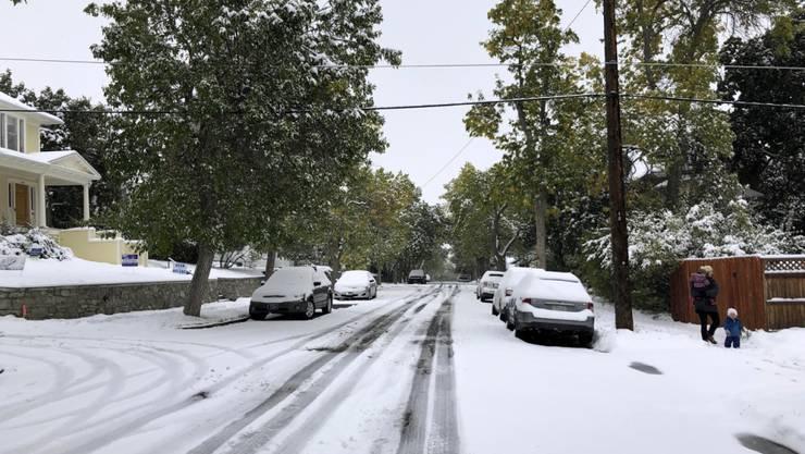 Auf den Verkehr hatte der starke Schneefall aber negative Folgen. Es gab zahlreiche Unfälle.
