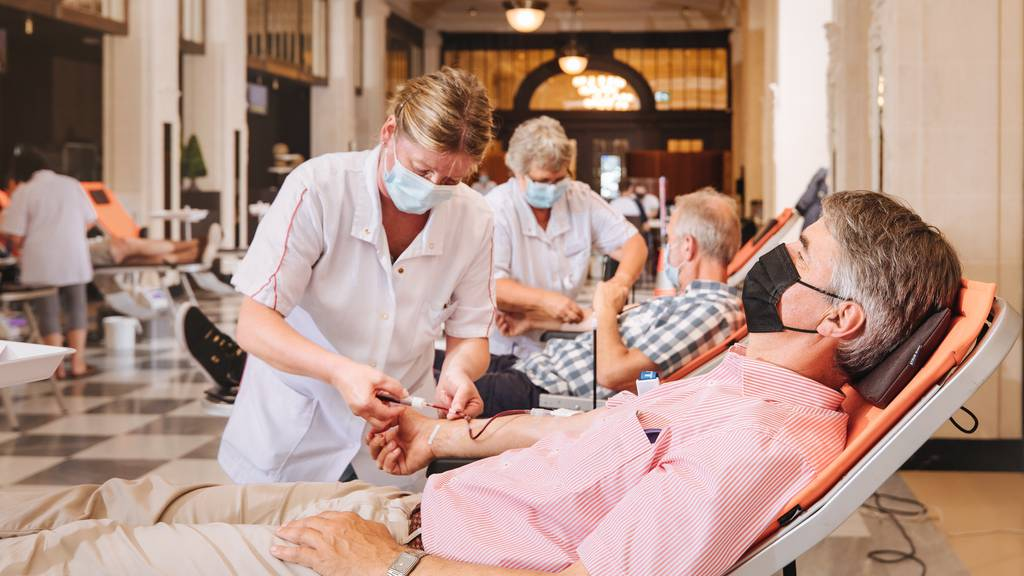 In Bern werden die Blutspende-Reserven knapp