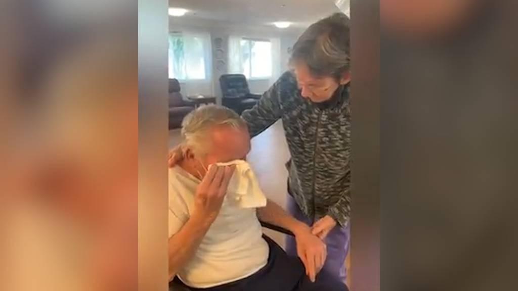 Rentner-Paar wegen Corona getrennt: Tränenreiches Wiedersehen nach 215 Tagen