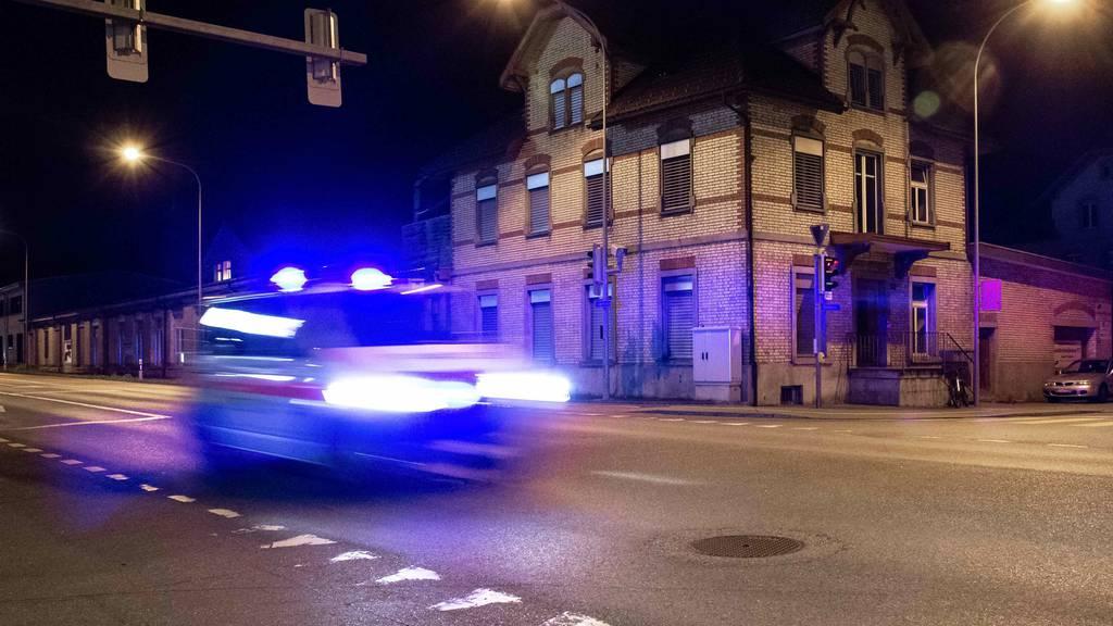 Prügelei nach Autofahrt – zwei Männer spitalreif geschlagen