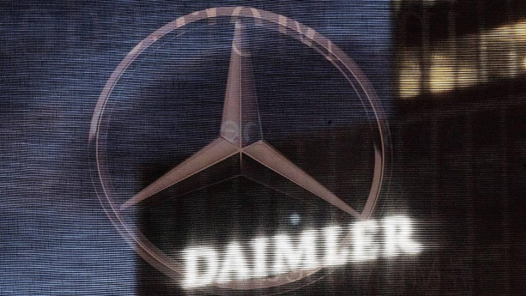 Der Autoabsatz des deutschen Daimler-Konzerns erholt sich nach dem Corona-Einbruch wieder. (Archiv)