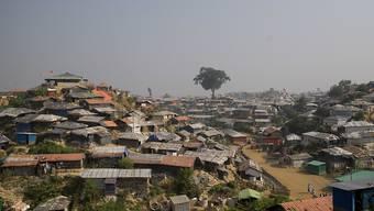 Die staatenlosen Rohingya-Flüchtlinge im Lager in Cox's Bazar in Bangladesch erhalten keine SIM-Karten mehr. Grund: Sie können keine Identitätskarte vorweisen. (Archivbild)