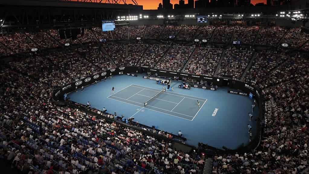 Bevor in der Rod Laver Arena gespielt wird, bestimmen Corona und Quarantäne die Schlagzeilen im Hinblick auf das Australien Open