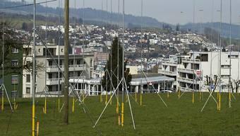 In mehreren Kantonen müssen Bauzonen so verkleinert werden, dass sie dem Bedarf der nächsten fünfzehn Jahre entsprechen. (Archivbild)