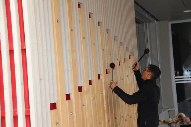 Einweihung KUnst am Bau auf dem Schulhausareal Rütihof.