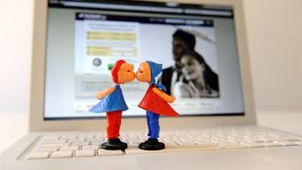 Partnervermittlung im Internet boomt, nun gibts eine spezielle Plattform für Single-Eltern.
