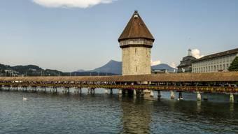 Die Kapellbrücke in Luzern (Archiv)