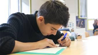 Lösung gefunden: Um eine Lehrstelle zu finden, brauchen die Schüler heutzutage gute Leistungen und viel Ausdauer (Symbolbild).